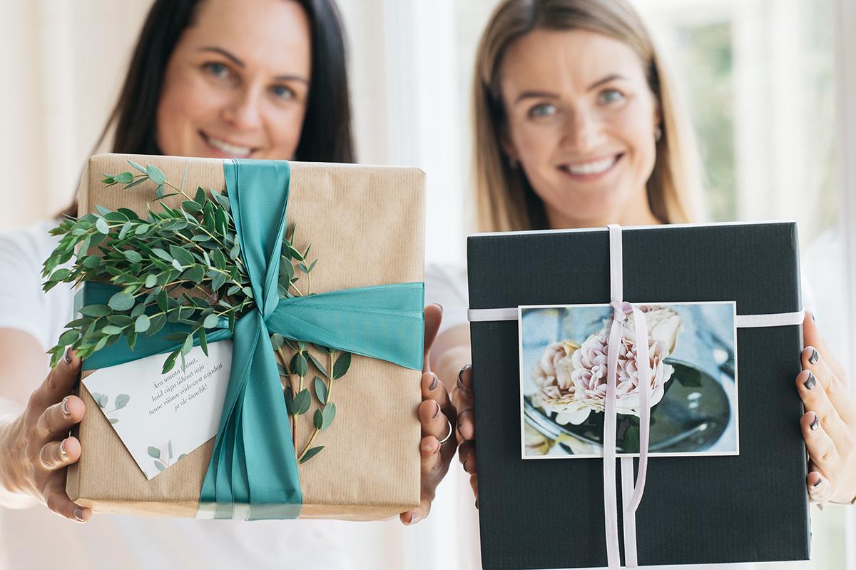 Ruti ja Kersti   Hüge kingidisainerid